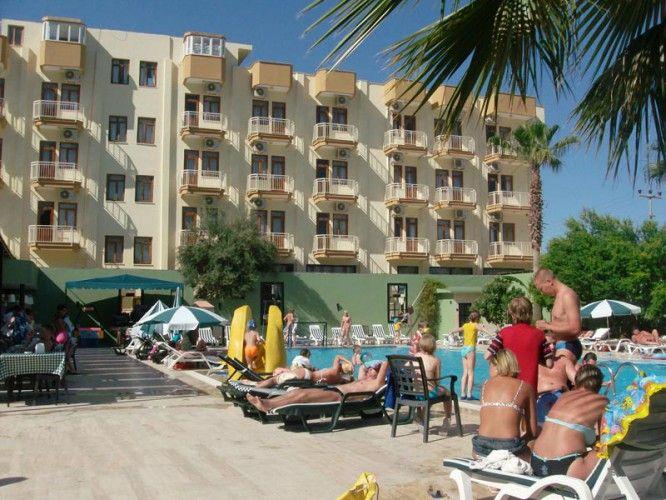 ADRESS BEACH HOTEL 3 *