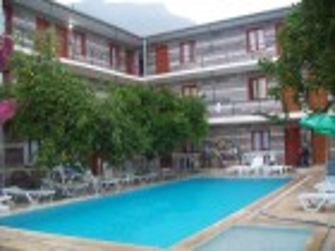 IPSOS HOTEL 3*