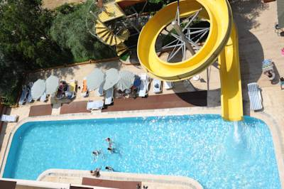 HOLIDAY WORLD HOTEL 3*