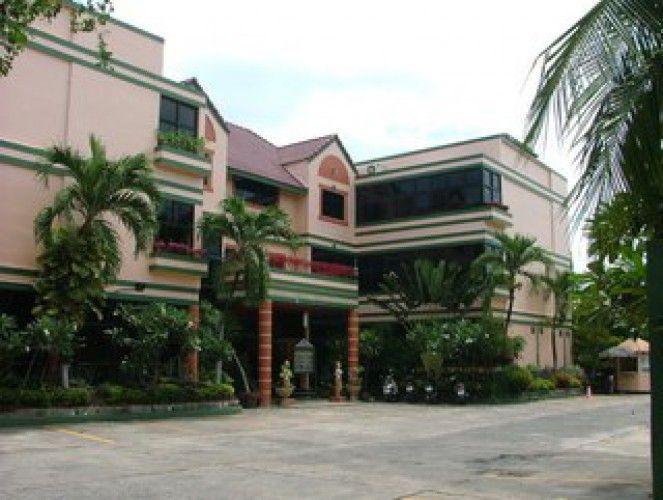 EMERALD HOTEL 3*