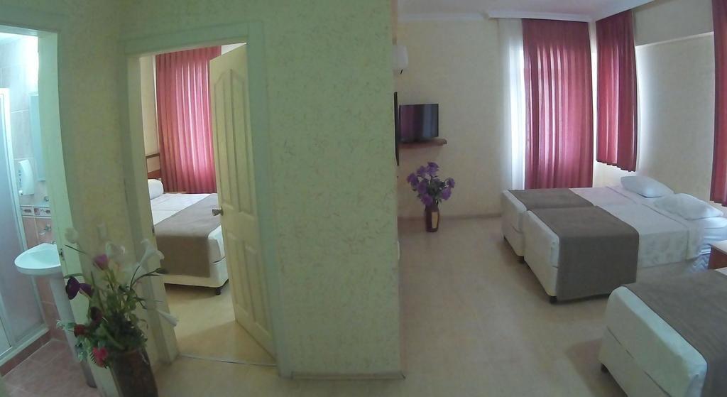 LARA HADRIANUS HOTEL 3+ *